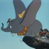 アニメで英語「耳を羽ばたかせるダンボ」