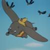 アニメで英語「ダンボが空を飛ぶ」